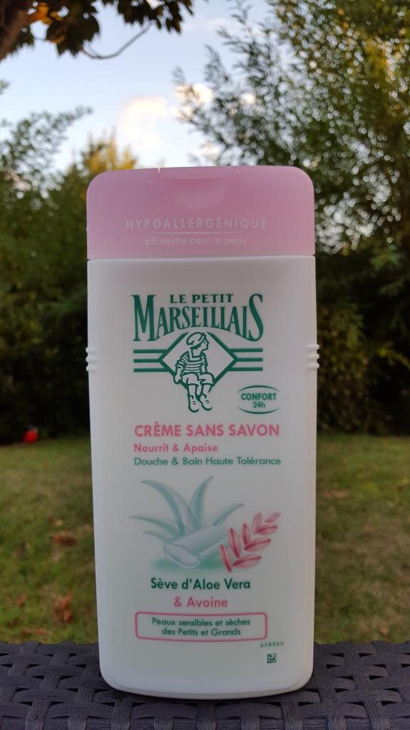 Box-lepetitmarseillais-gel-douche-shampoing--bullesdetestschezflorette (4)