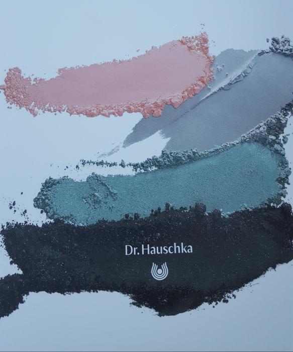 deep-infinity-drhauschka-palette-bullesdetestschezflorette.jpg