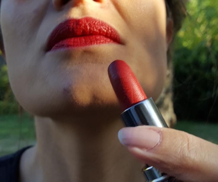authentique-rouge-baiser-avis-bullesdetestschezflorette (1)