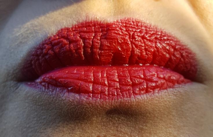 authentique-rouge-baiser-avis-bullesdetestschezflorette (2)