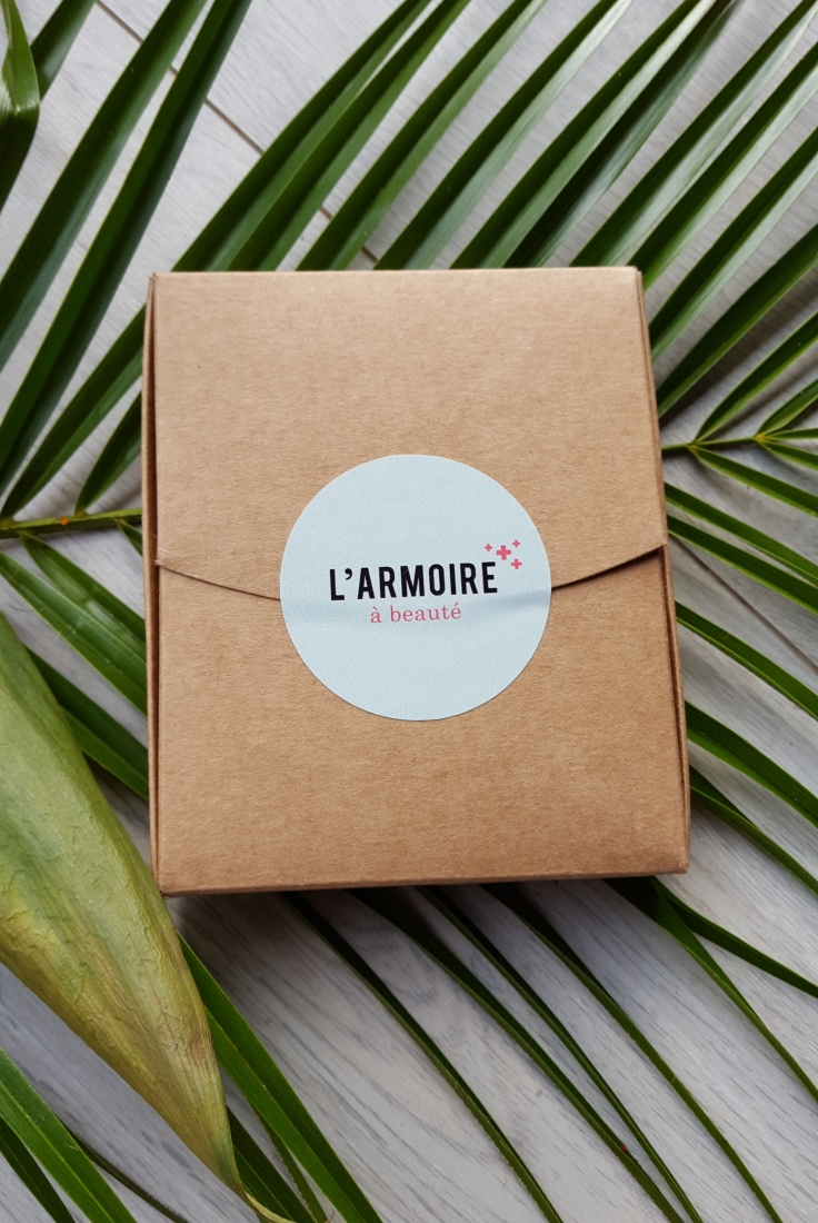 armoire-a-beaute-bullesdetestschezflorette-5.jpg