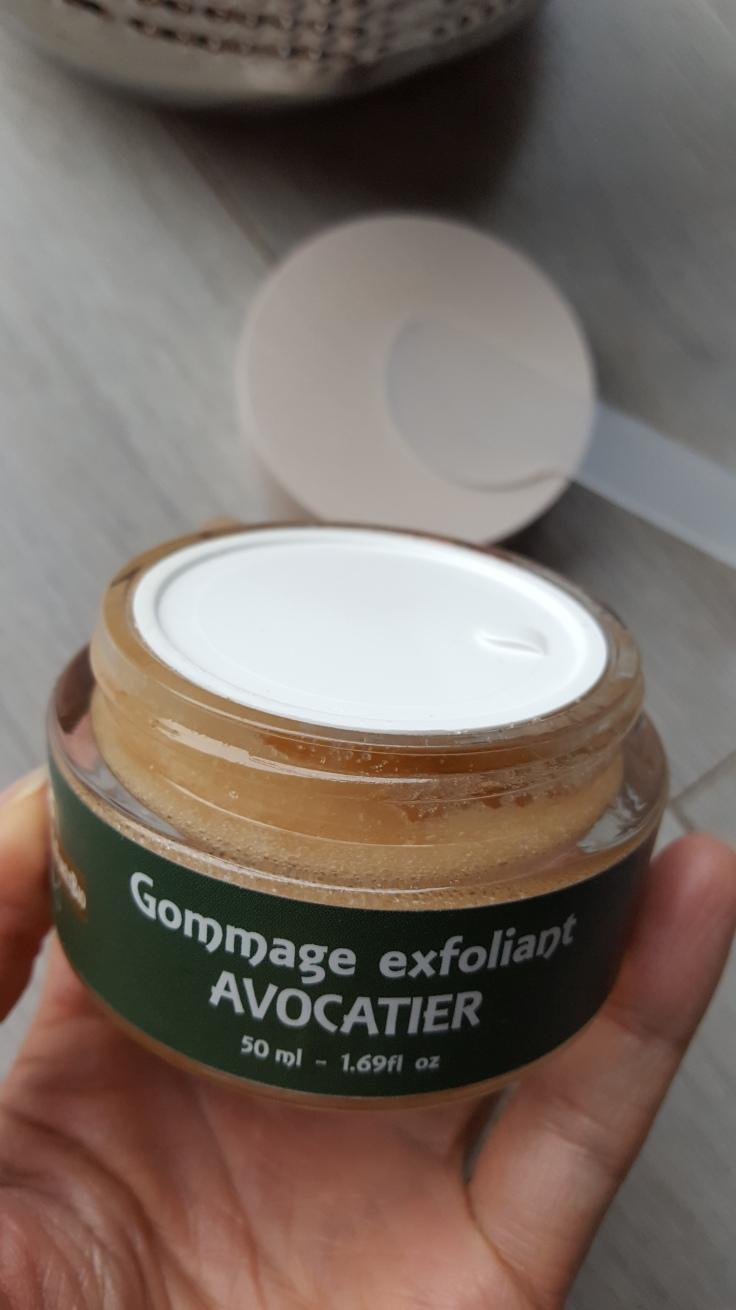 gommage-exfoliant-avocatier-maforetbio-avis-bullesdetestschezflorette (4)
