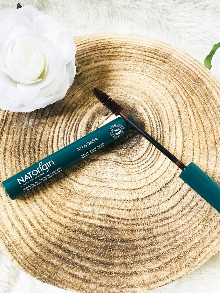 Maquillage-naturel-bio-NATORIGIN-mascara-bio-avis-blog-bullesdetestschezflorette