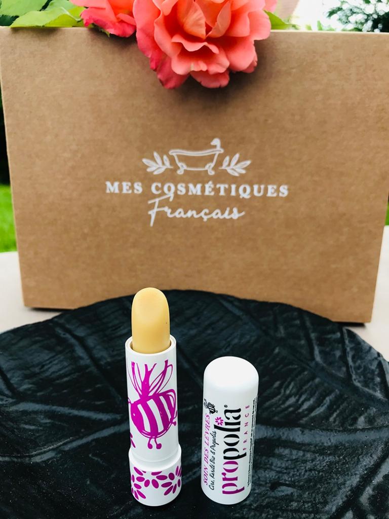 Mes-cosmétiques-français_avis_bullesdetestschezflorette-coffret-Occitanie-baume-lèvres-Propolia